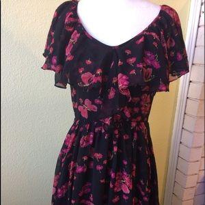 Betsey Johnson Beautiful Floral Dress! Size 4